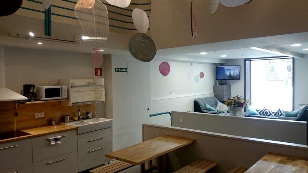 Vista de la cocina-comedor desde la escalera